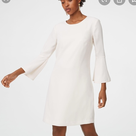 NWOT Club Monaco Bell Sleeve Dress